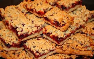 Печенье с повидлом и крошкой