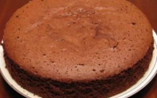 Торт в мультиварке со сгущенкой