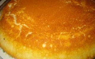 Быстрый пирог на молоке