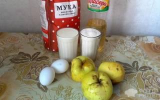 Пирог на кислом молоке с яблоками
