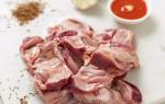 Тушеные желудки куриные в сметане
