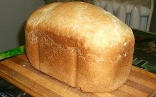 Хлеб в хлебопечке на сырых дрожжах